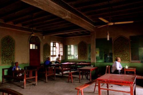 喀什老城区一家传统维吾尔族茶馆。