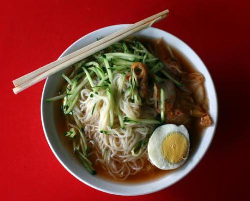 朝鲜冷面,夏天吃起来特别凉快爽口。